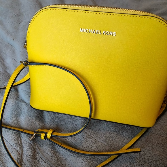 7808e404418f Yellow Michael Kors Dome Sunflower Crossbody Bag. M_5a7f4a4ccaab44704d9ff53f